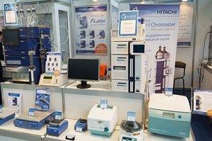 Весы лабораторные с ветрозащитой HJR-420 CE