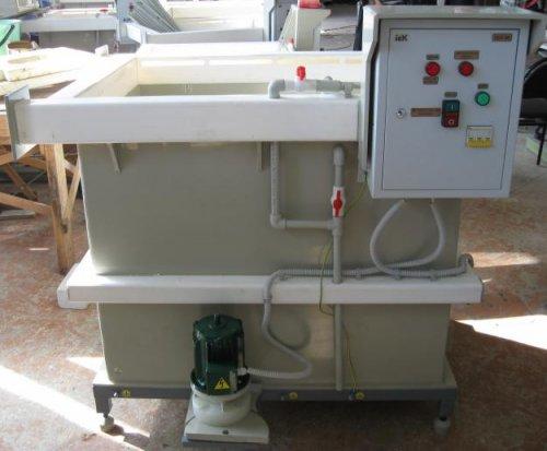 УДЭ-2 и УДЭ-2К  Установка для дозирования  электролита