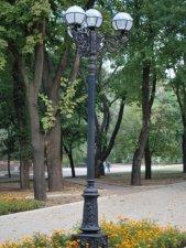 Предлагаем фонари художественные парковые
