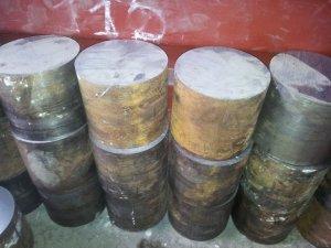 Предлагаем заготовки из осевой стали (ст. 45), диаметром 165-195 мм.