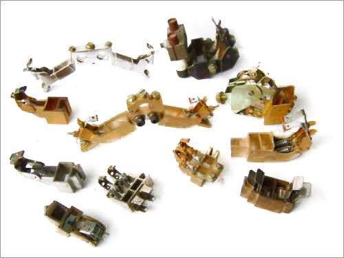 Щеткодержатели ЭД-118, ЭД-118, НБ-511, ДтнПК, ЗУ, ДРТ-13, ДК-409, 410, ДК- 309А, ДМП