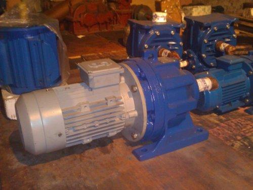 Мотор –редуктор 3МП-50-3,55-570-0,25-G110 .