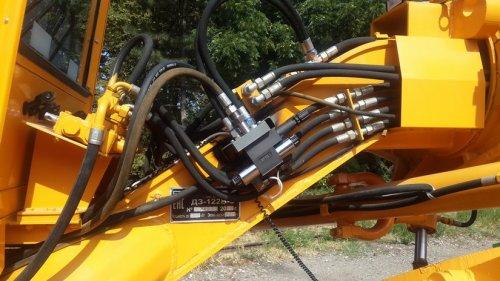 Система нивелирования на автогрейдер Тусо