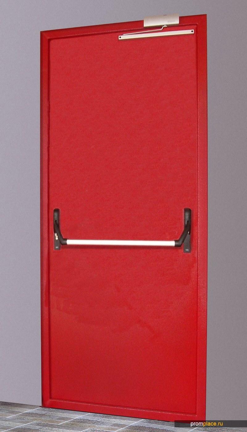 Противопожарные двери с антипаникой и остеклением
