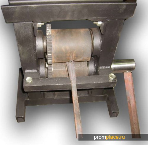 Кузнечное оборудование для холодной ковки металла.