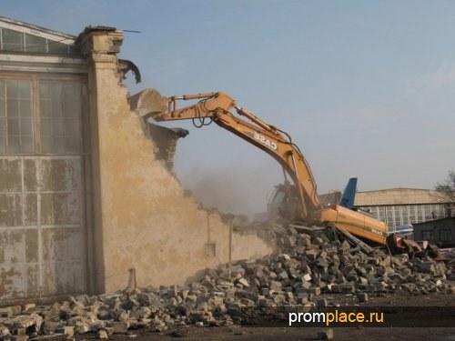 Снос старых зданий, демонтаж