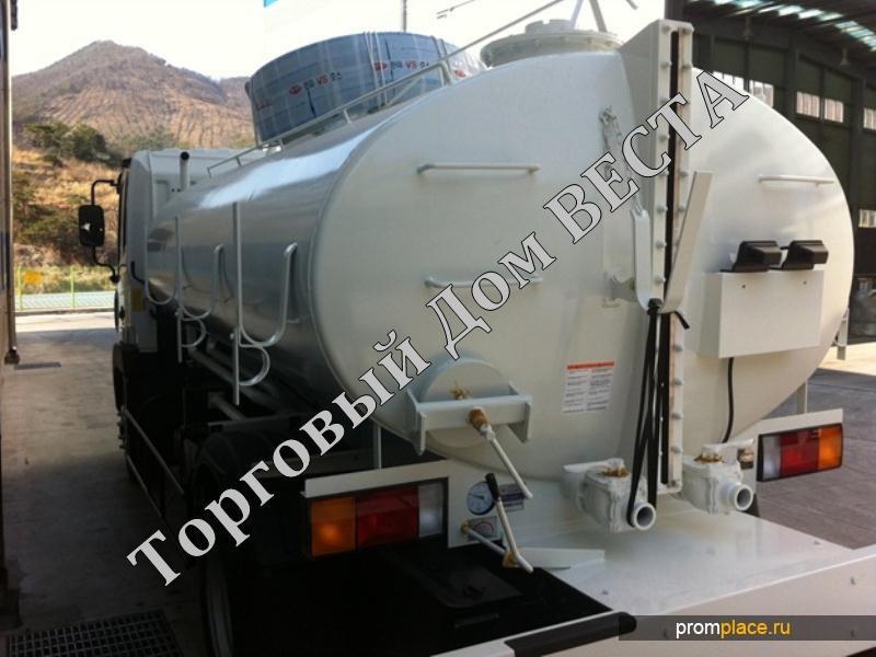 Ассенизаторская машина 8000 литров на базе грузовика Hyundai HD120,  2014 года