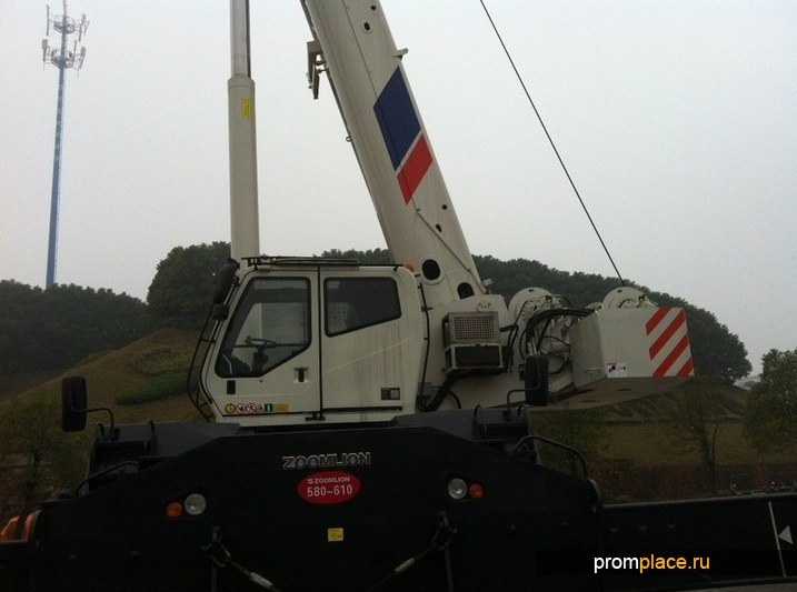 Самоходный кран ZOOMLION RT100