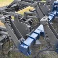 Культиватор КПК-8 с двухрядной пружинной бороной ивыравнивающим катком