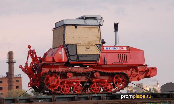 Мощный отечественный трактор