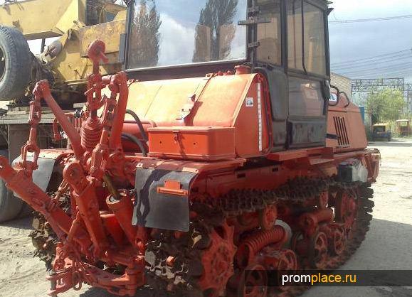 Трактор производства Волгоградского тракторного завода
