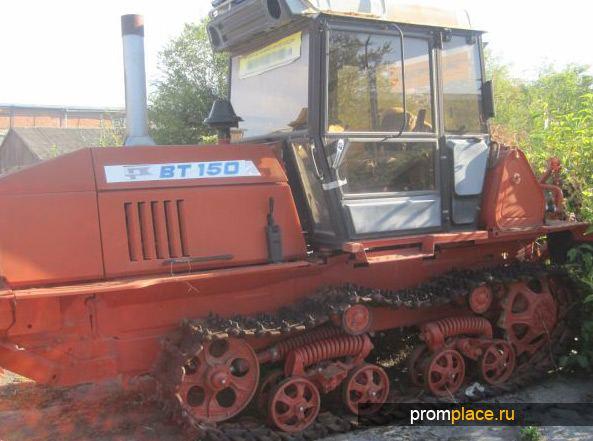 Капотный трактор