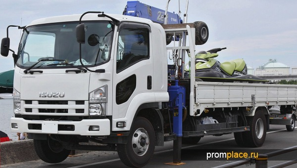 Фото ISUZU Forward