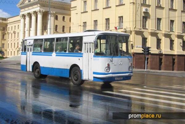 gorodskoi_avtobus_laz_695.jpg