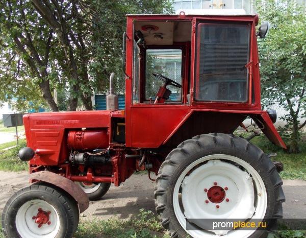 Компактный трактор