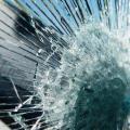 Основные виды и области применения ударостойкого стекла
