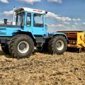С трактором ХТЗ 17221 работать всегда комфортно